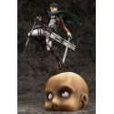 FIGURA ESTATUA ATTACK ON TITAN LEVI 32 CM