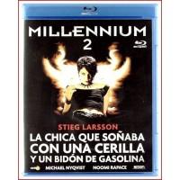 MILLENNIUM 2 LA CHICA QUE SOÑABA CON UNA CERILLA UN BIDÓN DE GASOLINA BLU RAY 2009